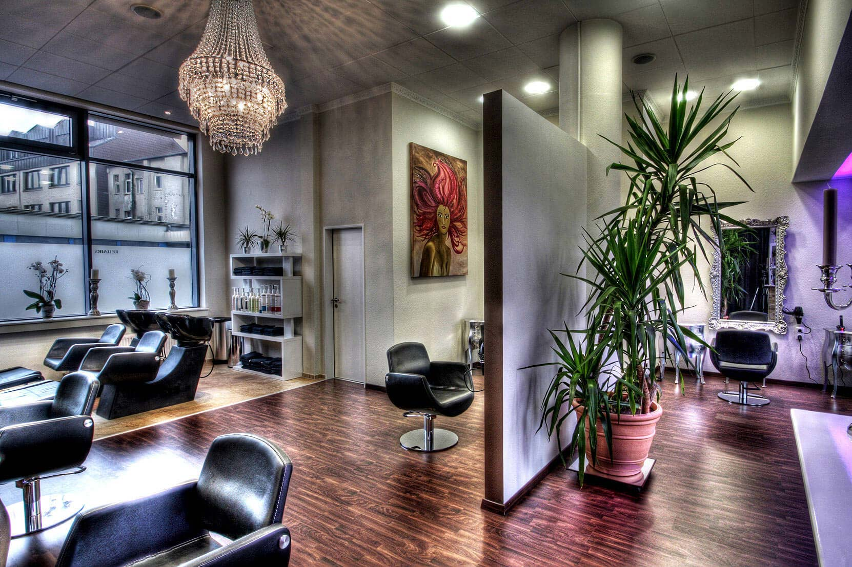 schnittraum hamburg euer friseur in hamburg uhlenhorst laden mieten gewerbeimmobilien mieten in. Black Bedroom Furniture Sets. Home Design Ideas